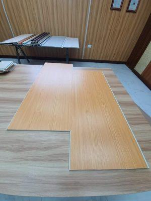 nhựa ốp tường vân gỗ